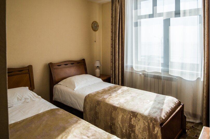 2-местный с 2 раздельными кроватями, улица Горького, 85А, Листвянка - Фотография 1