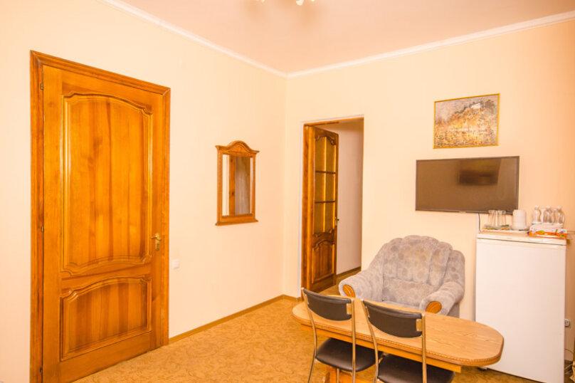 """Мини-отель """"Вилла Багратион"""", улица Коммунаров, 4 на 13 номеров - Фотография 72"""