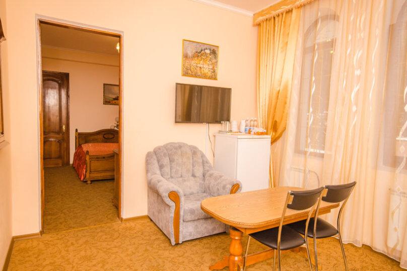 """Мини-отель """"Вилла Багратион"""", улица Коммунаров, 4 на 13 номеров - Фотография 74"""