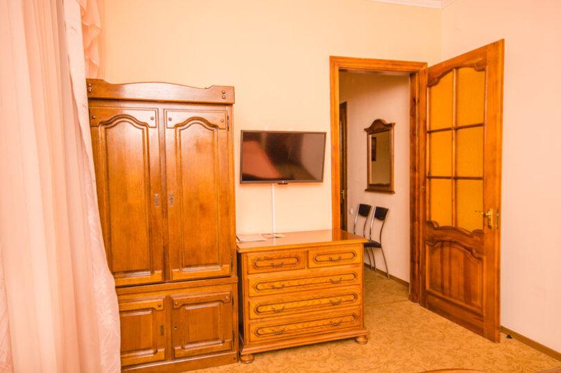 """Мини-отель """"Вилла Багратион"""", улица Коммунаров, 4 на 13 номеров - Фотография 79"""
