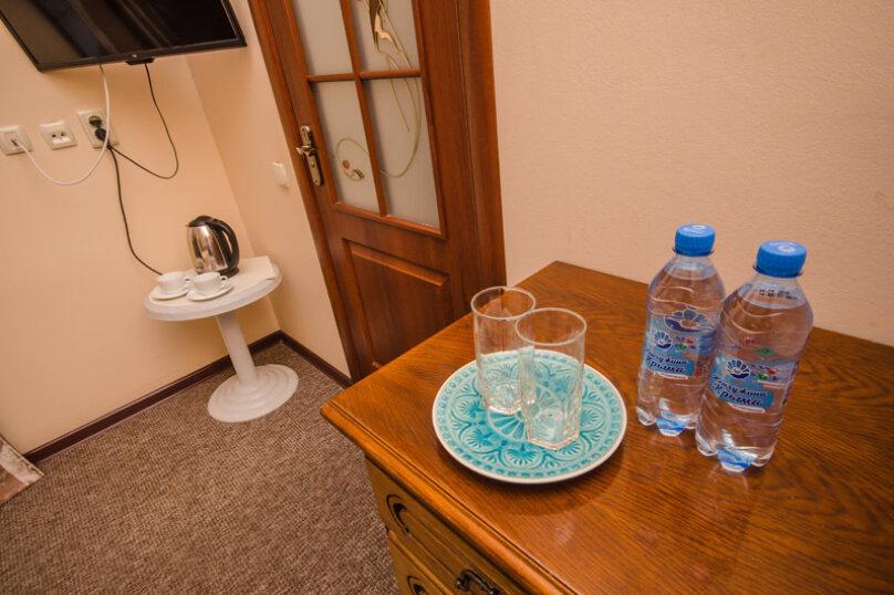 """Мини-отель """"Вилла Багратион"""", улица Коммунаров, 4 на 13 номеров - Фотография 145"""
