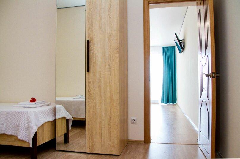 """Гостевой дом """"Soul&Sea"""", Приморская, 13 на 32 комнаты - Фотография 15"""