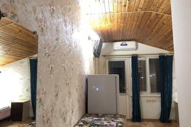 двухместный номер, Морская улица, 10, поселок Орджоникидзе, Феодосия - Фотография 1