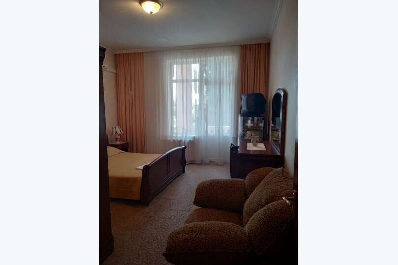 """Мини отель """"Парк Отель Ялта"""", ул.Карла Маркса, 24 а на 7 номеров - Фотография 44"""