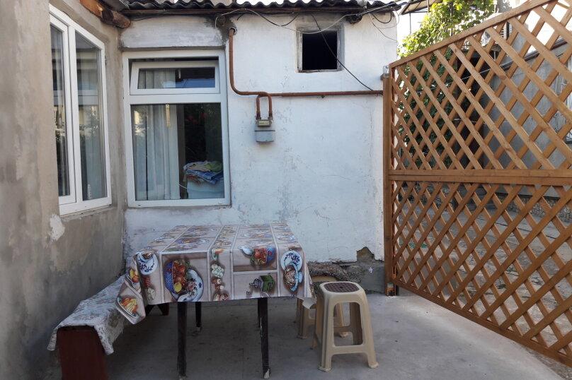 Сдается 3-х комнатный дом в г. Евпатории, 53 кв.м. на 7 человек, 3 спальни, Назаровская, 5А, Евпатория - Фотография 4