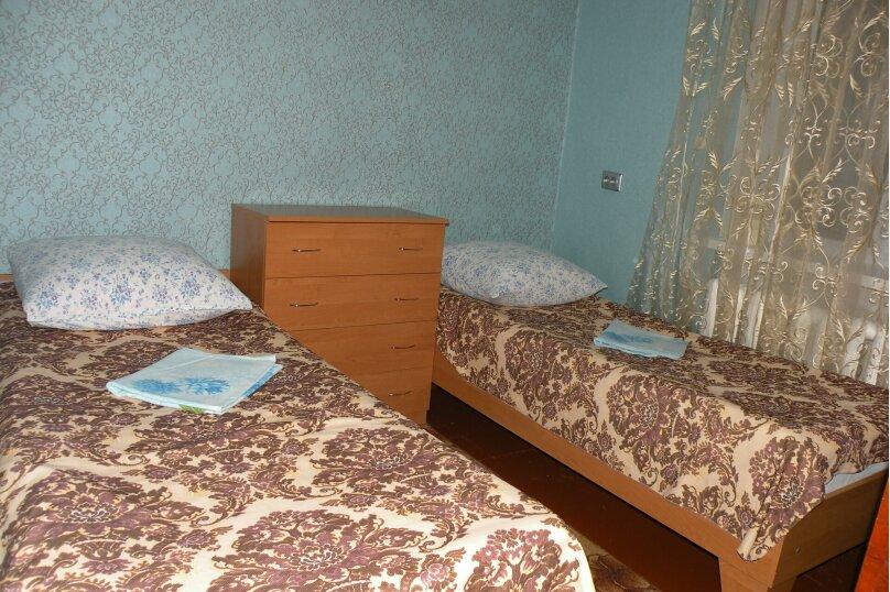 Сдается 3-х комнатный дом в г. Евпатории, 53 кв.м. на 7 человек, 3 спальни, Назаровская, 5А, Евпатория - Фотография 9