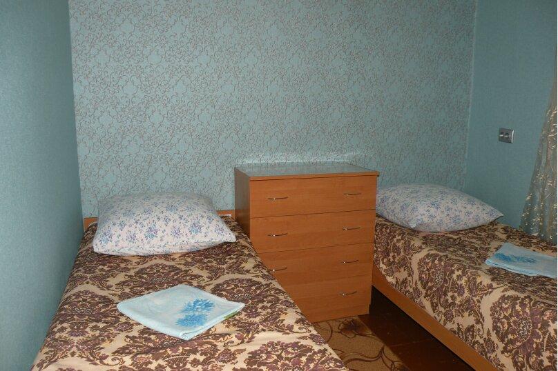 Сдается 3-х комнатный дом в г. Евпатории, 53 кв.м. на 7 человек, 3 спальни, Назаровская, 5А, Евпатория - Фотография 10