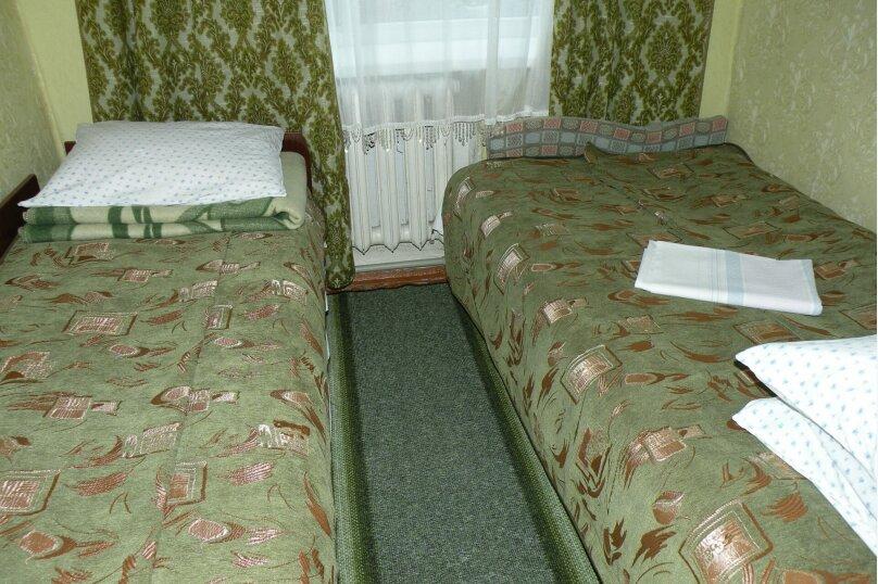 Сдается 3-х комнатный дом в г. Евпатории, 53 кв.м. на 7 человек, 3 спальни, Назаровская, 5А, Евпатория - Фотография 16