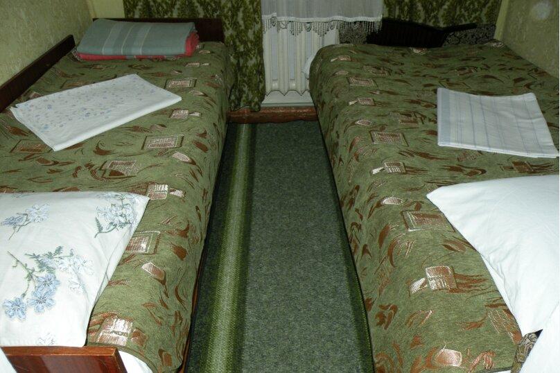 Сдается 3-х комнатный дом в г. Евпатории, 53 кв.м. на 7 человек, 3 спальни, Назаровская, 5А, Евпатория - Фотография 17