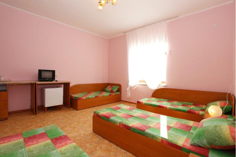 """Гостевой дом """"Лукоморье"""", Приозёрная улица, 45 на 9 комнат - Фотография 9"""