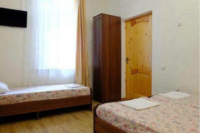 """Гостевой дом """"Астра"""", улица Апсны, 28 на 10 комнат - Фотография 23"""