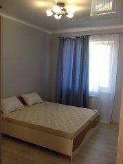 Первый этаж в двухэтажном доме, с отдельным входом, 70 кв.м. на 6 человек, 2 спальни, Симферопольская улица, 89, Евпатория - Фотография 1