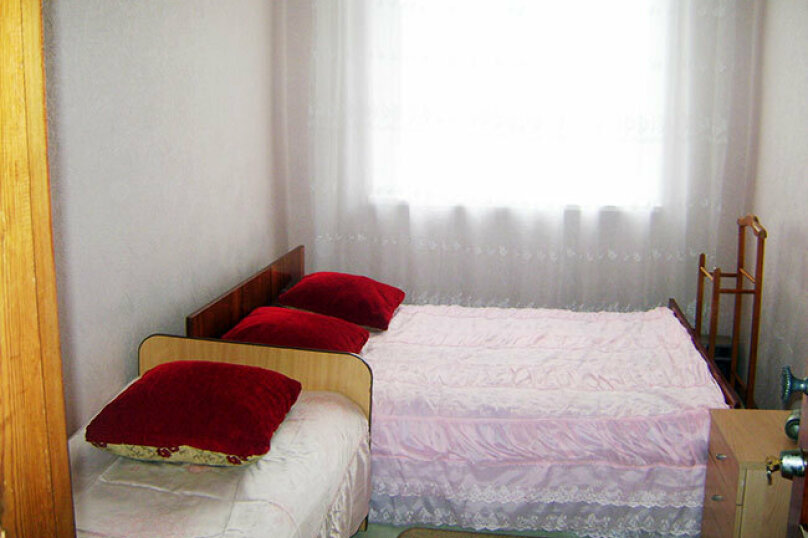 Комната №1 (стандарт), село Псырцха, Сухумское шоссе, 154, Новый Афон - Фотография 1