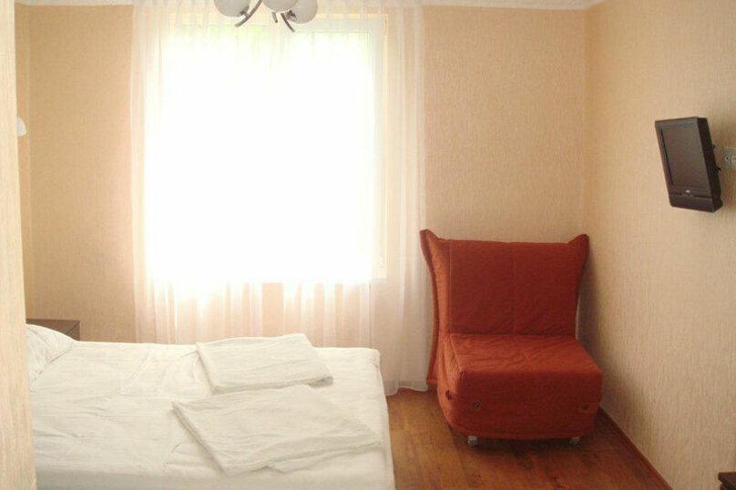 Комната №9(Комфорт), село Псырцха, Сухумское шоссе, 154, Новый Афон - Фотография 1