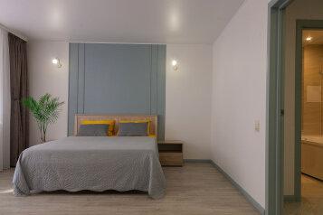1-комн. квартира, 50 кв.м. на 6 человек, Солнечный проезд, 8к2, Тюмень - Фотография 2