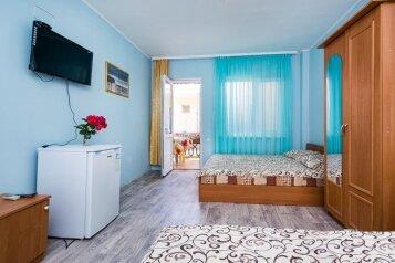 """Гостевой дом """"Восток"""", Мусы Мамута, 3 на 36 комнат - Фотография 1"""