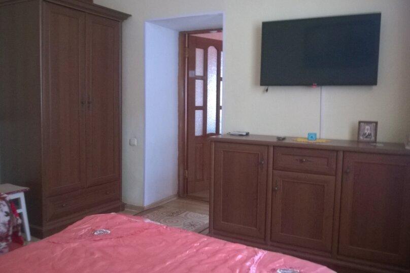 1-комн. квартира, 35 кв.м. на 4 человека, Караимская, 43, Евпатория - Фотография 1