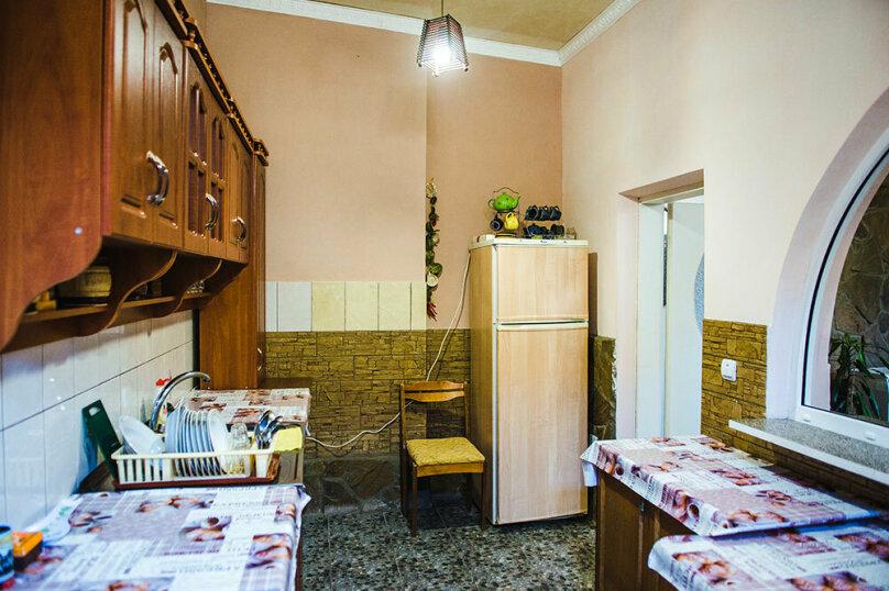"""Гостевой дом """"У Гули"""", улица Белинского, 10 на 7 комнат - Фотография 14"""