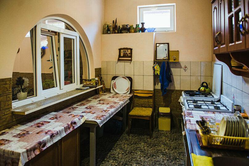 """Гостевой дом """"У Гули"""", улица Белинского, 10 на 7 комнат - Фотография 15"""