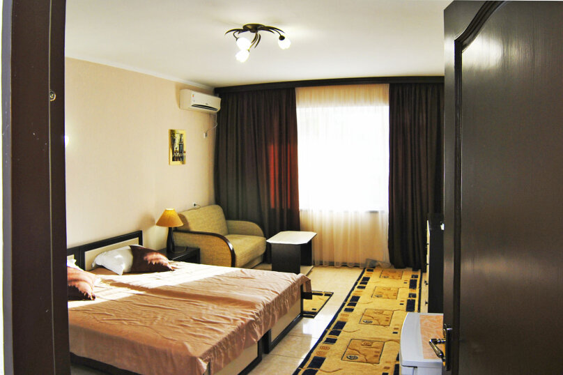 Однокомнатный люкс  , улица Анджиевского, 33, село Мысовое - Фотография 4