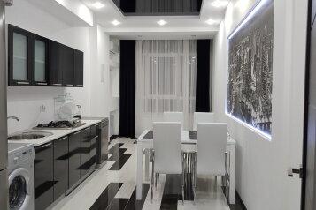 2-комн. квартира, 53 кв.м. на 6 человек, Крымская улица, 19Б, Геленджик - Фотография 1