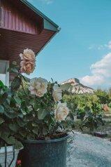 """Гостевой дом """"Душевное место"""", с. Машино, 1 на 3 комнаты - Фотография 1"""