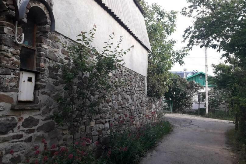"""Гостевой дом """"Пашуня"""", Миндальная улица, 6 на 3 комнаты - Фотография 8"""