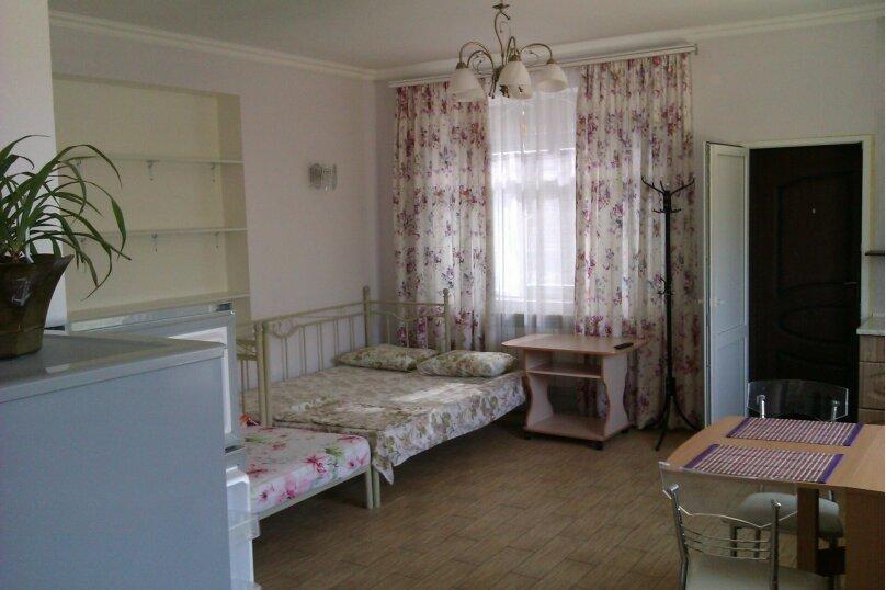 1-комн. квартира, 40 кв.м. на 4 человека, переулок Достоевского, 10, Ялта - Фотография 1