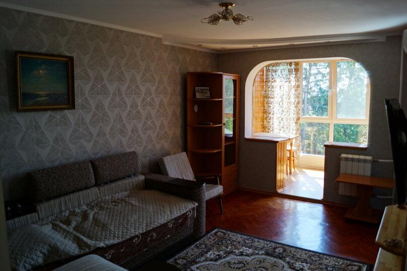 2-комн. квартира, 54 кв.м. на 4 человека, улица Ульяновых, 10, Алупка - Фотография 5