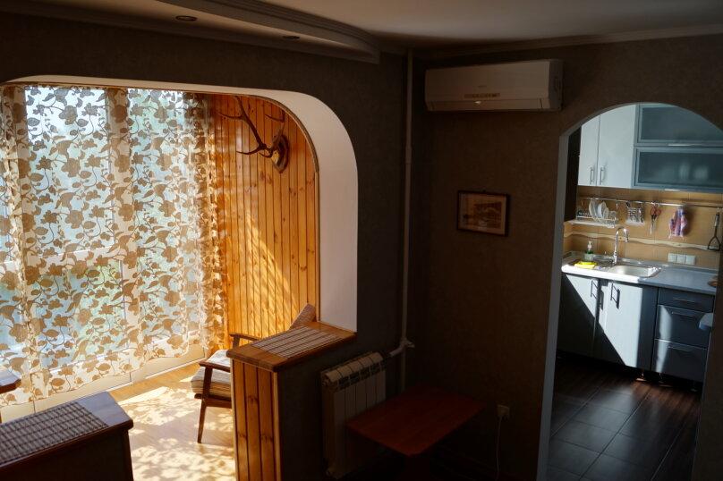 2-комн. квартира, 54 кв.м. на 4 человека, улица Ульяновых, 10, Алупка - Фотография 10