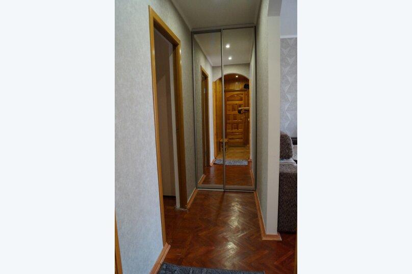 2-комн. квартира, 54 кв.м. на 4 человека, улица Ульяновых, 10, Алупка - Фотография 16