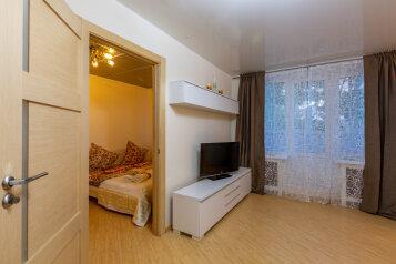 2-комн. квартира, 52 кв.м. на 5 человек, Татарская улица, 7с1, Москва - Фотография 1