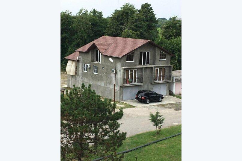 """Гостевой дом """"Guest House"""", улица Агрба, 4 на 5 комнат - Фотография 7"""