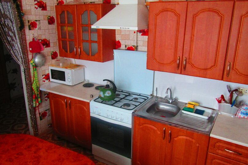 Отдельный дом с тремя изолированными спальнями, 130 кв.м. на 10 человек, 3 спальни, улица Чапаева, 93, Должанская - Фотография 14