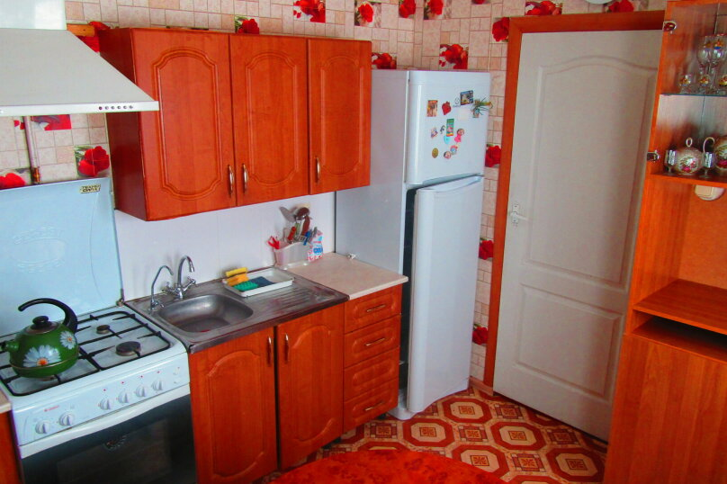 Отдельный дом с тремя изолированными спальнями, 130 кв.м. на 10 человек, 3 спальни, улица Чапаева, 93, Должанская - Фотография 15