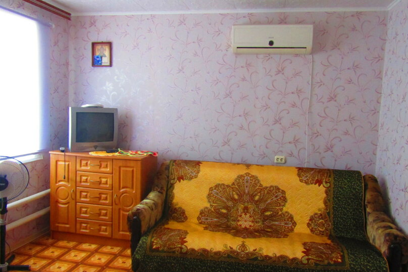 Отдельный дом с тремя изолированными спальнями, 130 кв.м. на 10 человек, 3 спальни, улица Чапаева, 93, Должанская - Фотография 18