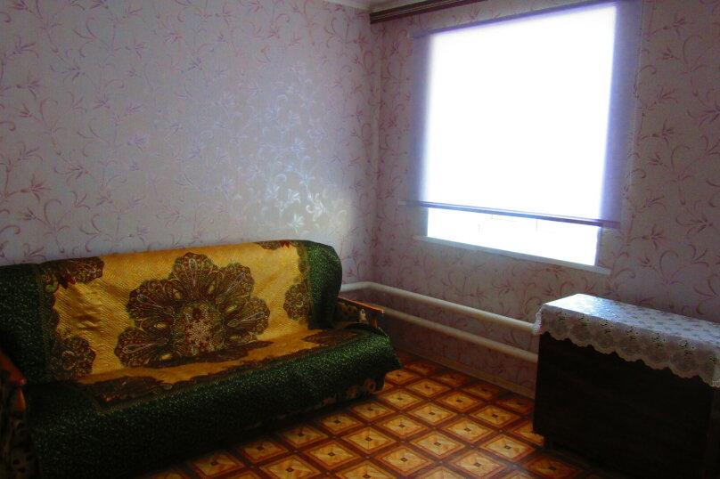 Отдельный дом с тремя изолированными спальнями, 130 кв.м. на 10 человек, 3 спальни, улица Чапаева, 93, Должанская - Фотография 19