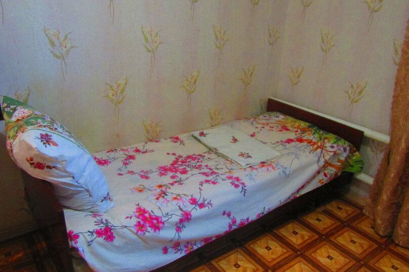 Отдельный дом с тремя изолированными спальнями, 130 кв.м. на 10 человек, 3 спальни, улица Чапаева, 93, Должанская - Фотография 21