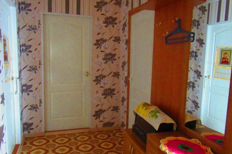 Отдельный дом с тремя изолированными спальнями, 130 кв.м. на 10 человек, 3 спальни, улица Чапаева, 93, Должанская - Фотография 23