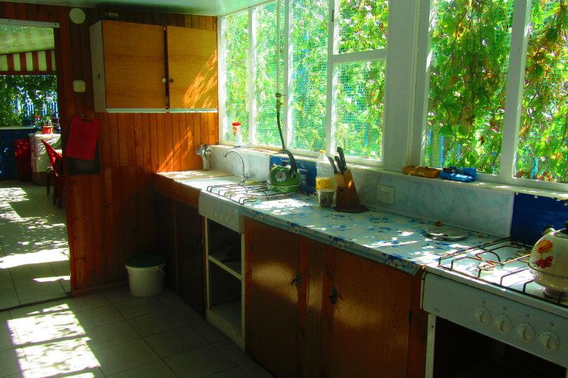 Отдельный однокомнатный домик с кухней, санузлом в гостевом дворе, улица Чапаева, 93, Должанская - Фотография 6