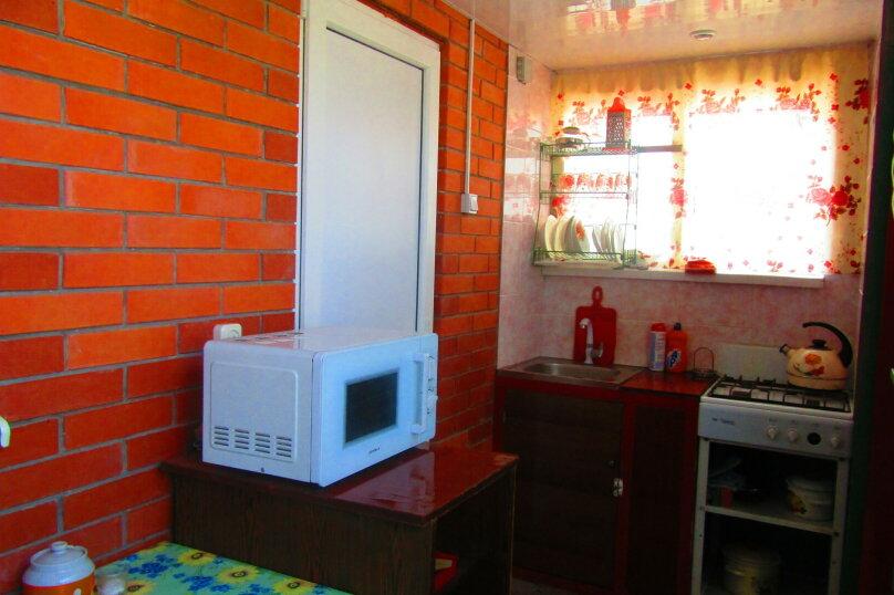 Отдельный однокомнатный домик с кухней, санузлом в гостевом дворе, улица Чапаева, 93, Должанская - Фотография 9