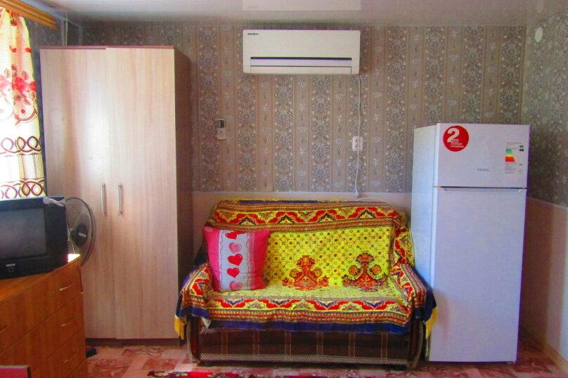 Отдельный однокомнатный домик с кухней, санузлом в гостевом дворе, улица Чапаева, 93, Должанская - Фотография 13