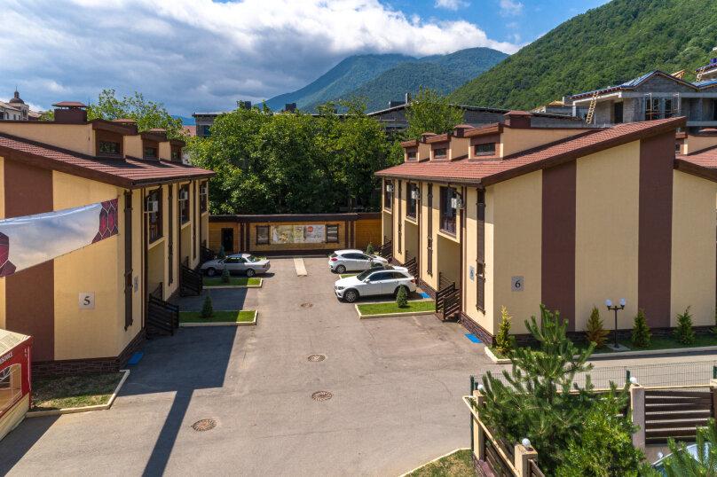 """Гостиничный Комплекс  """"Mountain Villas"""", Берёзовая улица, 106/1 на 12 комнат - Фотография 6"""