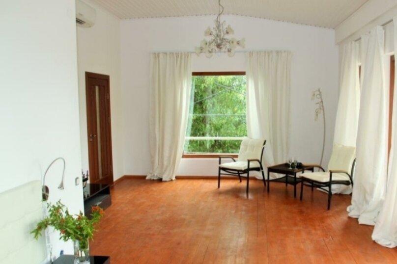 Вилла на холме в Сухуме, 360 кв.м. на 12 человек, улица Шевченко, 6, Сухум - Фотография 4