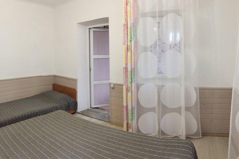 Домик-апартаменты с отдельным входом на 6-7 гостей, 75 кв.м. на 6 человек, 2 спальни, улица Ленина, 49Г, Морское - Фотография 4
