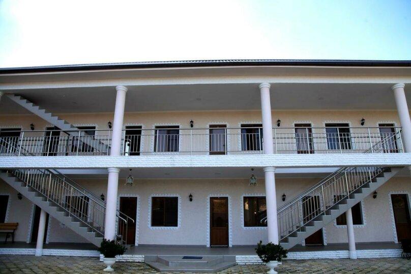 MINI HOTEL PLATAN, переулок Адыгов, 3 на 18 номеров - Фотография 12