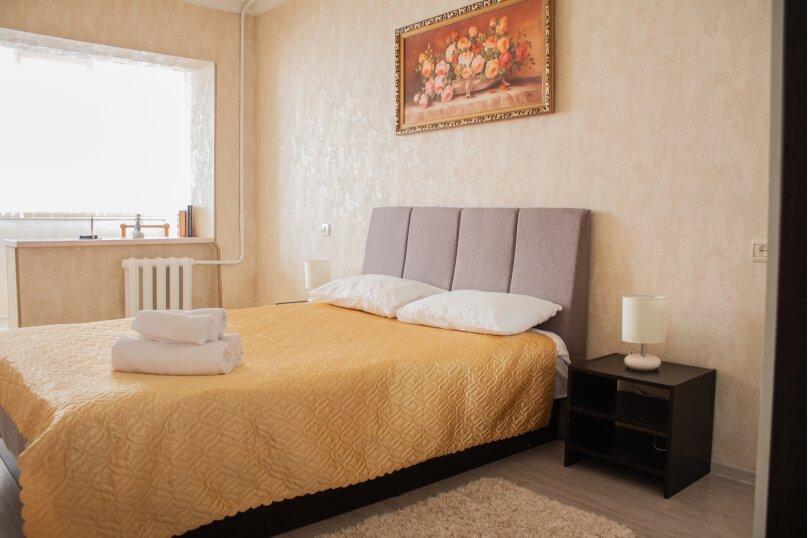 2-комн. квартира, 50 кв.м. на 5 человек, Комсомольская улица, 13, Сочи - Фотография 2
