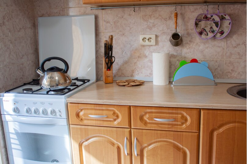 2-комн. квартира, 50 кв.м. на 5 человек, Комсомольская улица, 13, Сочи - Фотография 9