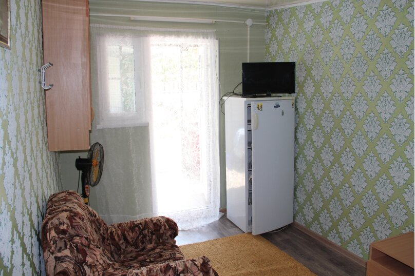 "Гостевой дом ""На Чапаева 88А"", Чапаева, 88А на 4 комнаты - Фотография 13"