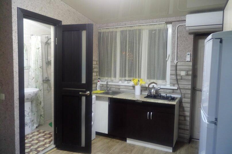 2-комн. квартира, 30 кв.м. на 5 человек, ул. Урицкого, 4, Алушта - Фотография 4